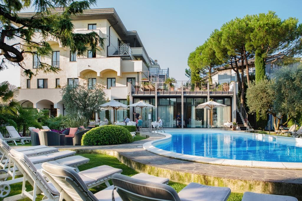 Hotel Piccola Vela Desenzano del Garda, Booking, Reviews, Lago di Garda, Lake Garda, Gardasee