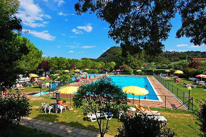 Camping la Rocca Manerba del Garda, Booking, Reviews, Lago di Garda, Lake Garda, Gardasee