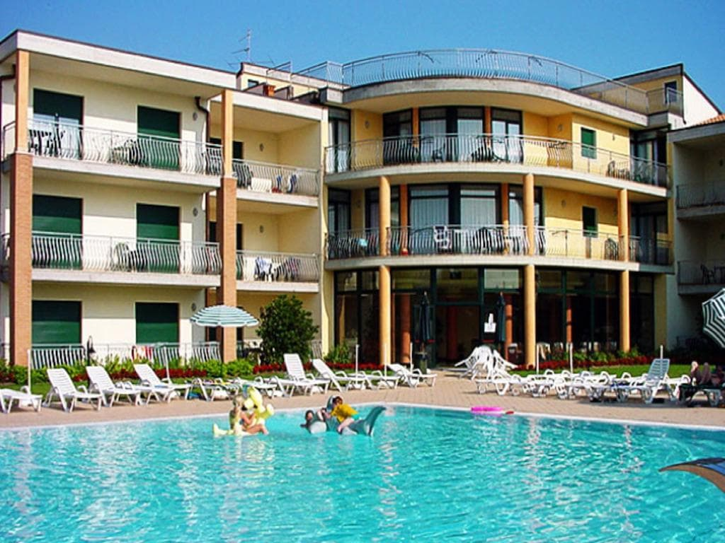 Residence Nettuno Peschiera del Garda, Booking, Reviews, Lago di Garda, Lake Garda, Gardasee