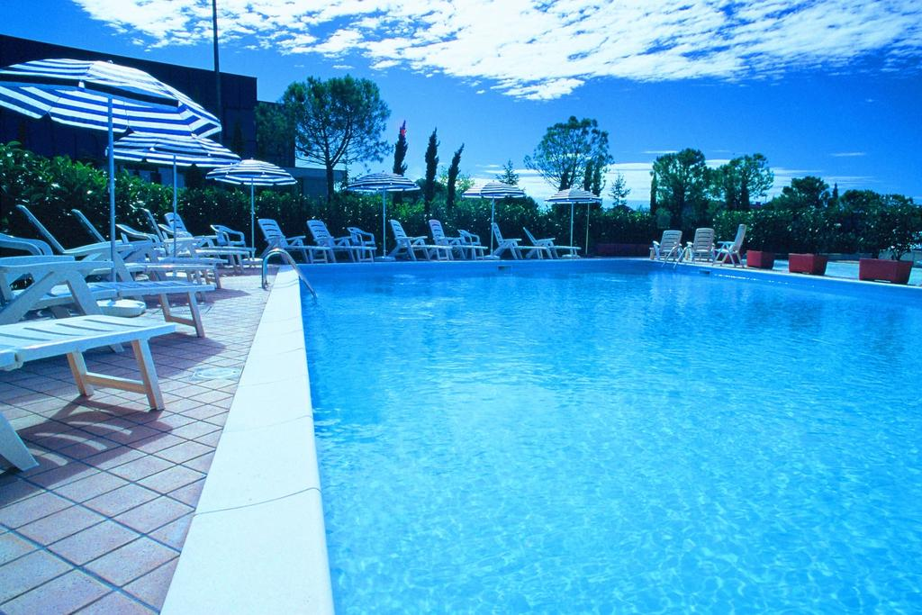 Residence Nuove Terme Sirmione, Booking, Reviews, Lago di Garda, Lake Garda, Gardasee