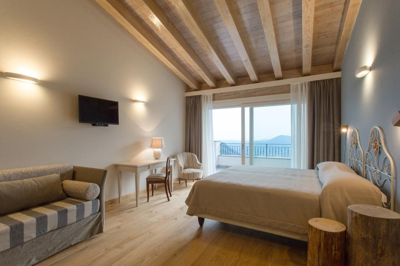 Il Bagnolo Eco Lodge, Booking, Reviews, Lago di Garda, Lake Garda, Gardasee