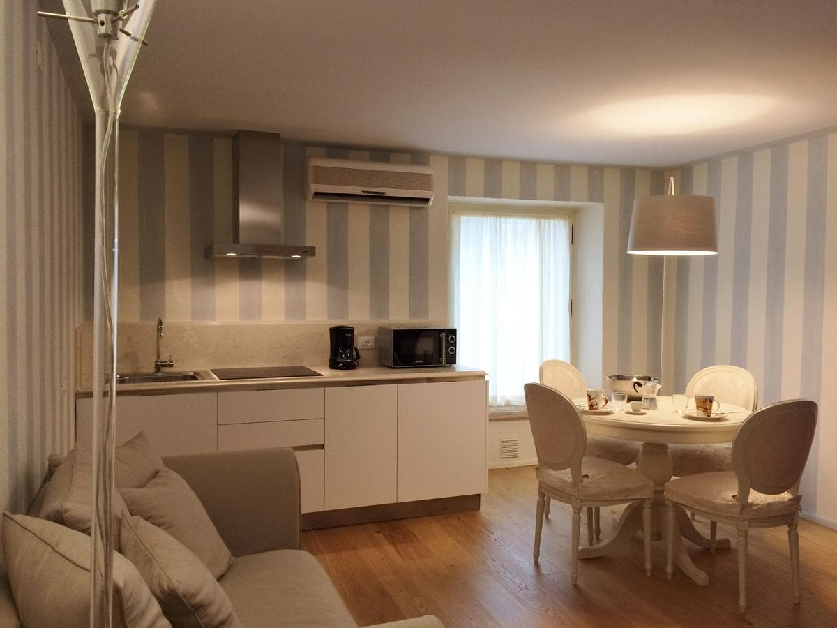 Rambaldi Apartments 3 Standard, Booking, Reviews, Lago di Garda, Lake Garda, Gardasee