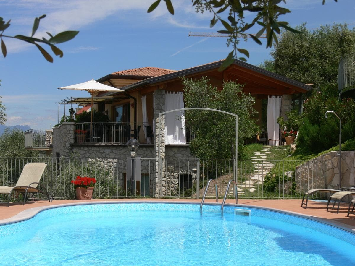 Residence Ca Del Lago, Booking, Reviews, Lago di Garda, Lake Garda, Gardasee