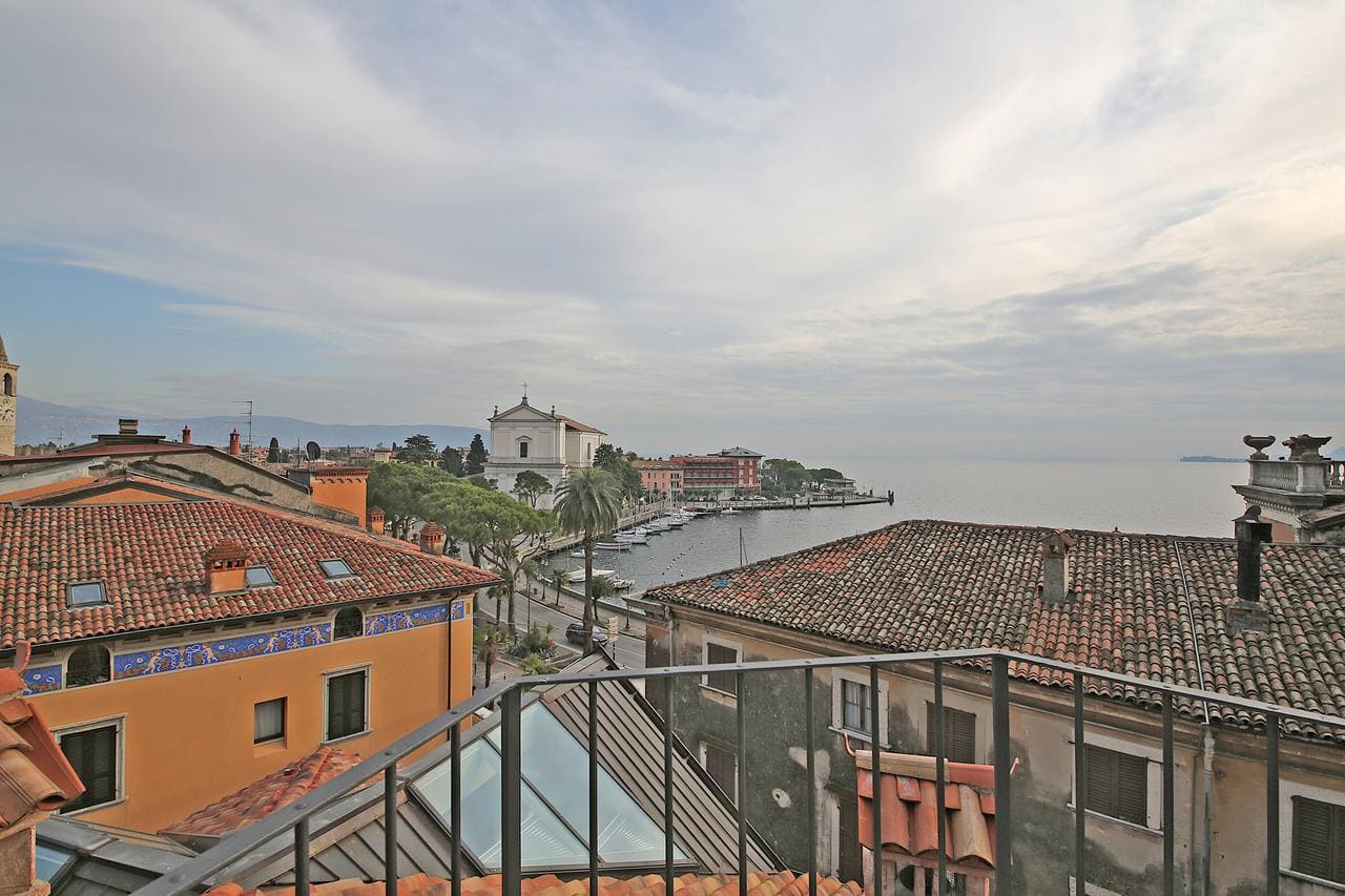 Il Golfo Apartments, Booking, Reviews, Lago di Garda, Lake Garda, Gardasee