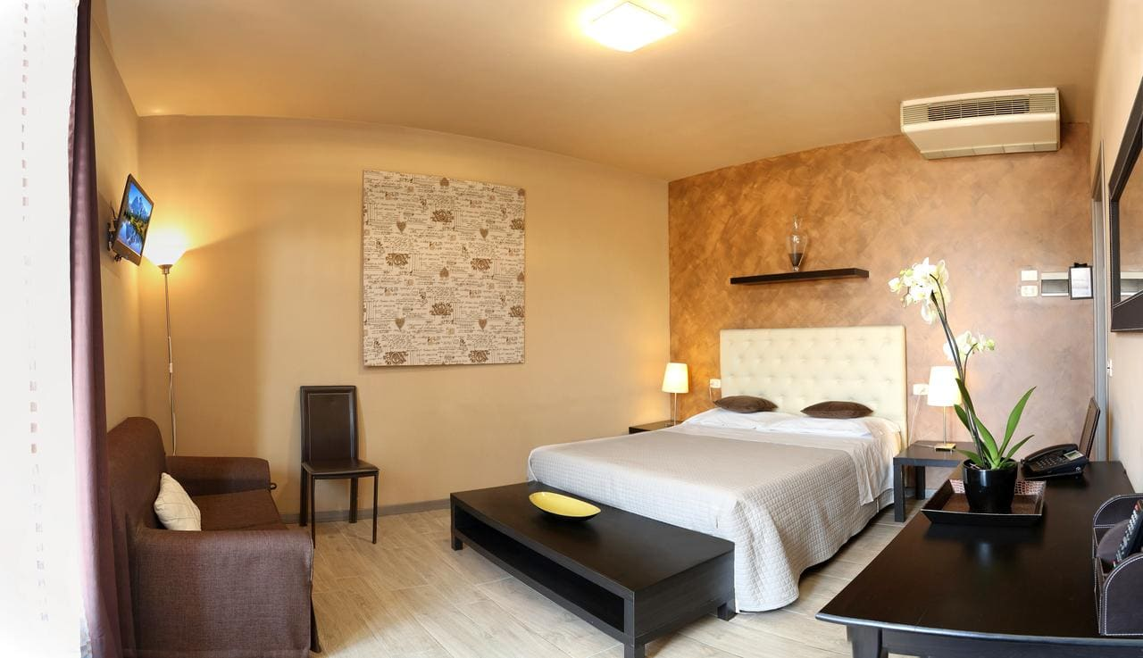 Hotel Residenza Alighieri, Booking, Reviews, Lago di Garda, Lake Garda, Gardasee