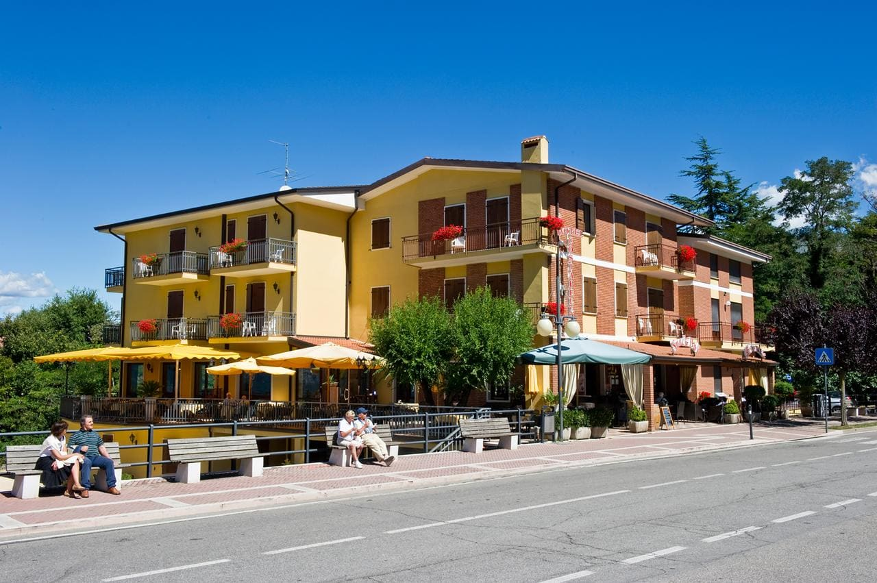 Hotel Costabella, Booking, Reviews, Lago di Garda, Lake Garda, Gardasee